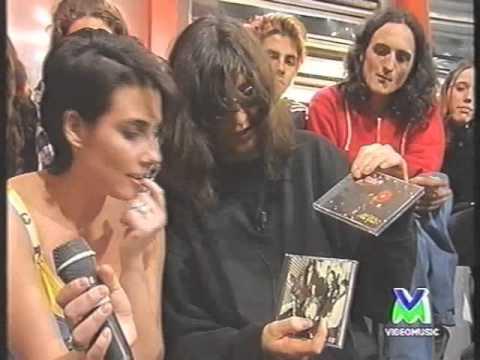 Ramones a Segnali di Fumo