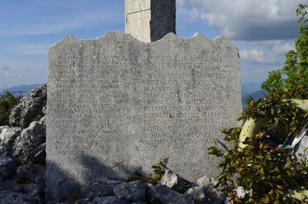 Storia_dei_tv_lumière_monumento_ai_partigiani_monte_san_pancrazio_eccidio_nazifascista_1944