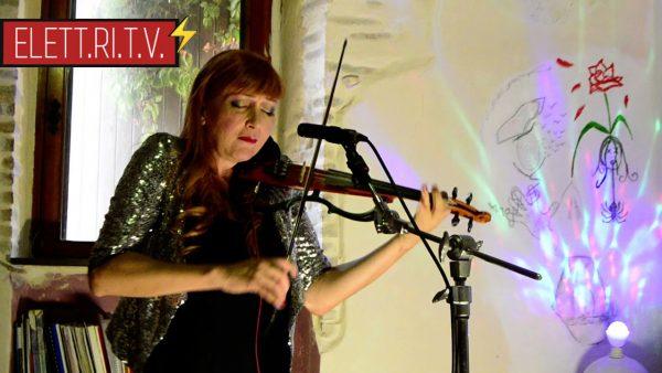 La_storia_musicale_di_H.E.R_cantautrice_e_violinista_transgender